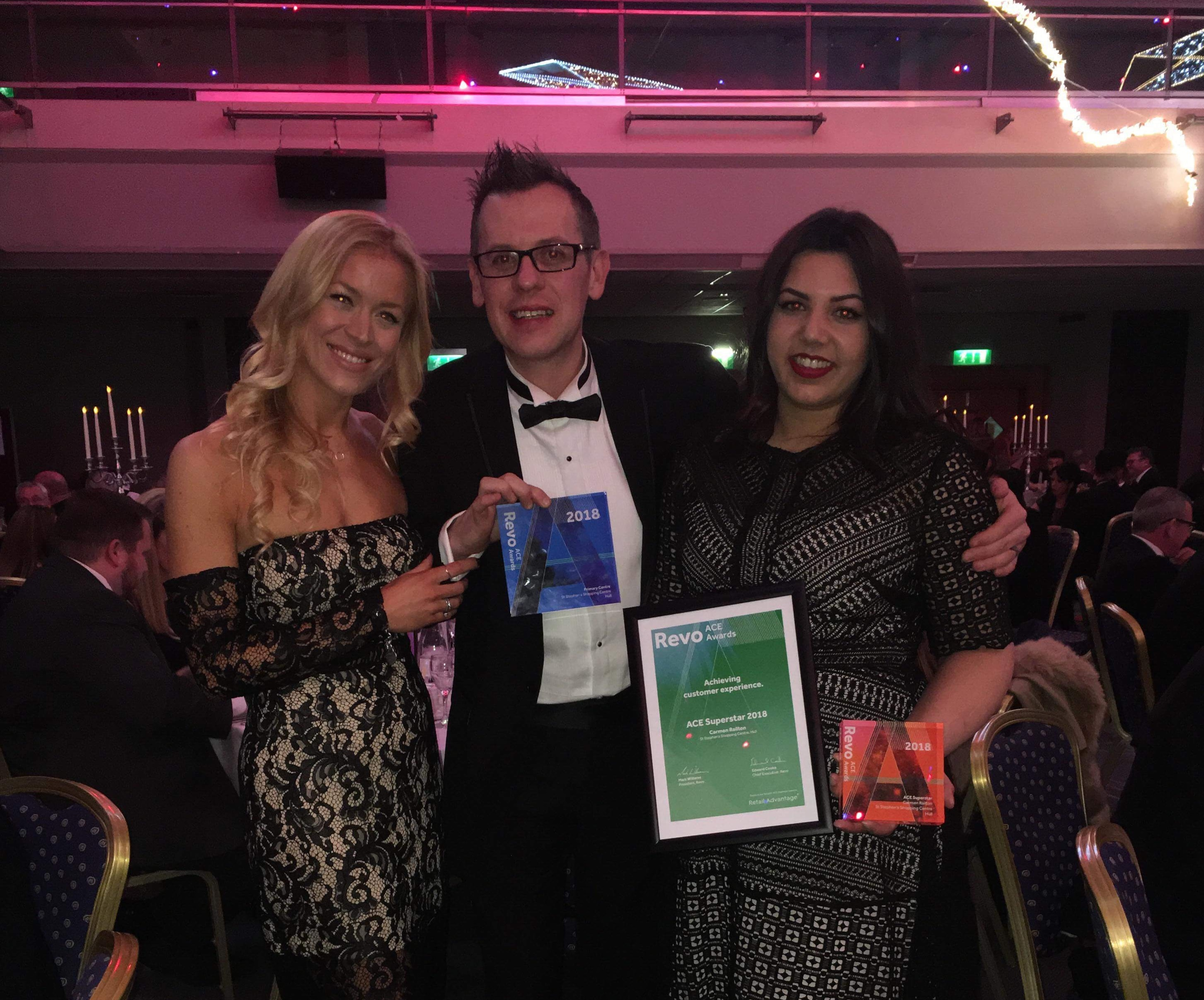 IFM Team at St Stephens collecting Primary Centre Award!