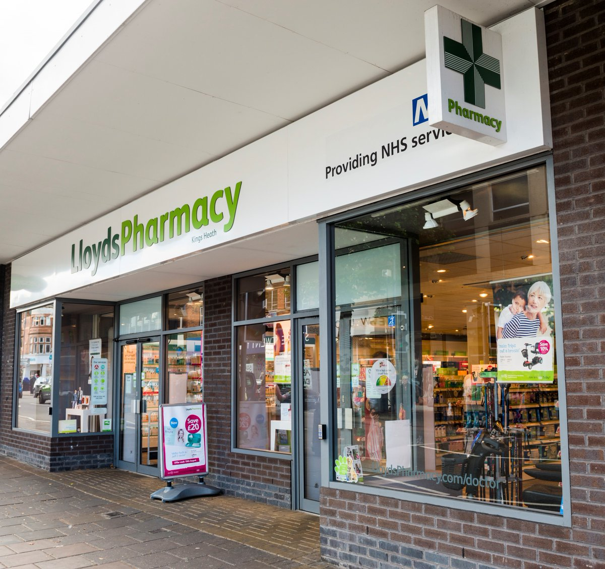 SWC prescribed for LloydsPharmacy contract